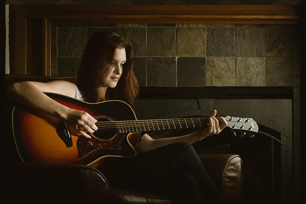 Amanda Hardy - Love Me I'm Rich Mixed by Tony Loignon at BeMelodic Recording Studio in Arlington Tx